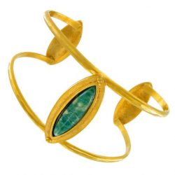 Jewelry by Evelyn Knight